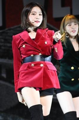 레드벨벳 예리, '단발머리 찰랑이며 도도하게~'