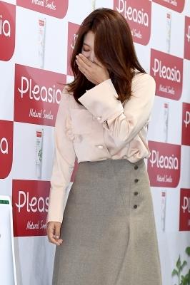 박신혜, '많은 취재진 앞에서 수줍어~'