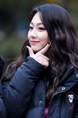 구구단 미나, '매력적인 V라인 과시'