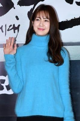 이요원, '부드러운 미소'