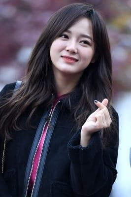 구구단 세정, '깜찍한 미소로 하트~'