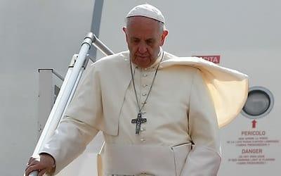 미얀마 방문 교황, '인종청소' 책임 군최고사령관 면담