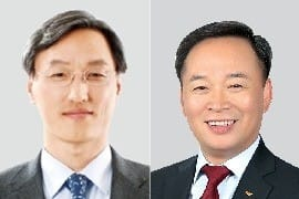 조경목 SK에너지 신임 사장(왼쪽)과 장용호 SK머티리얼즈 신임 사장.