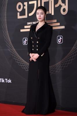 류화영, '오늘은 시크하게'(KBS 연기대상)
