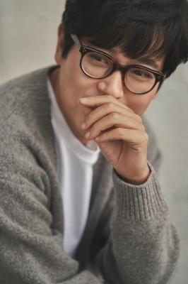 김동률, 11일 새 앨범 발표…이소라·현빈 지원사격