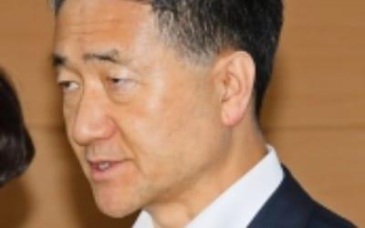 """박능후 복지부 장관 """"아동수당 전 가구 지급 재추진…상위 10%도 포함"""""""