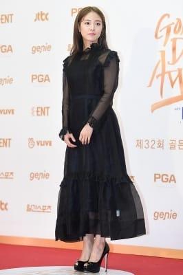 이세영, '블랙 드레스로 우아하게~' (골든디스크)
