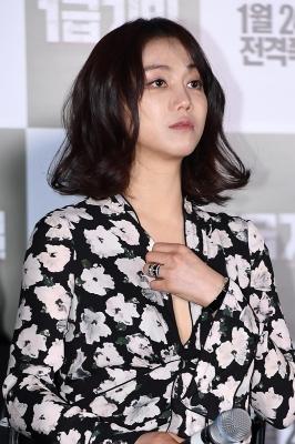 '1급기밀' 김옥빈