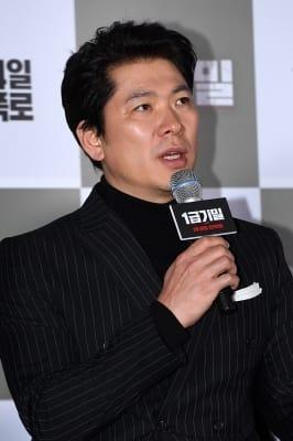 김상경, '영화 보니 감독님 생각이 나'