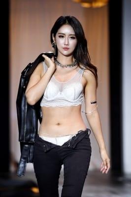 레이싱모델 유다연, '란제리 모델로 시선 강탈'