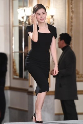 이보영, '단아한 모습으로 등장~'