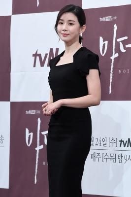 이보영, '단아한 미모에 시선강탈~'