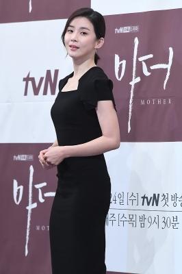 이보영, '눈길 사로잡는 아름다운 모습'