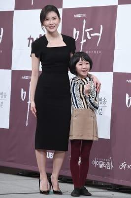 이보영-허율, '다정한 모녀처럼~'