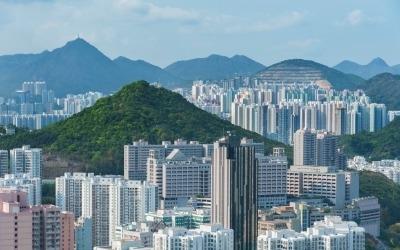 한은, 작년 서울 아파트값 4.7%↑…비수도권은 하락