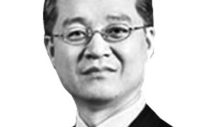 20년 만에 금융업서 손떼는 '벤처투자 신화' 권성문