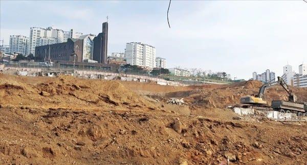 1694가구의 '마포그랑자이' 아파트로 개발되는 염리3구역.  이소은 기자