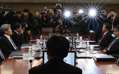 금통위원 무더기 교체 피할 듯… 한은법 개정안 기재위 통과