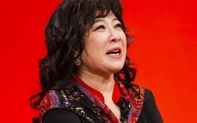 '미우새' 노사연, 김건모의 '커플 아이템' 선물에 폭풍 분노