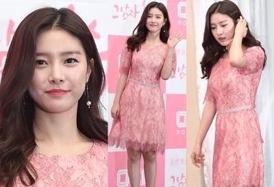 '러블리 핑크'…김소은, 청순의 정석