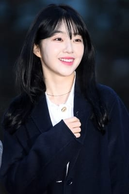 레드벨벳 아이린, '감탄을 부르는 꽃미모~'