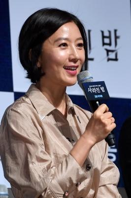 김희애, '산소같은 여자~'