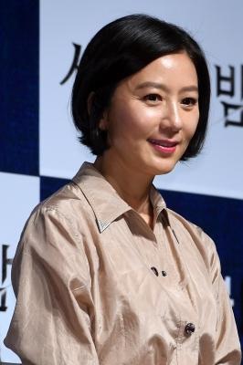 김희애, '아직도 소녀처럼'