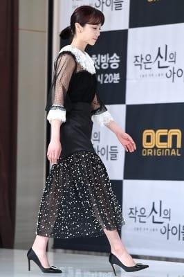 김옥빈, '단아한 모습으로 등장~'
