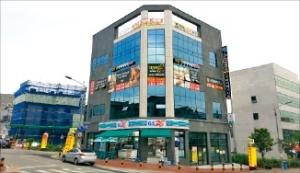 [한경매물마당] 강북구 대학가 퓨전 카페 수익형 빌딩 등 15건