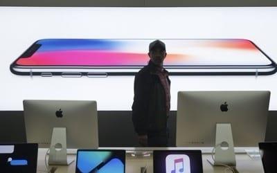 애플, 작년 4분기 미국서 아이폰 2천200만대 판매… 역대 최고