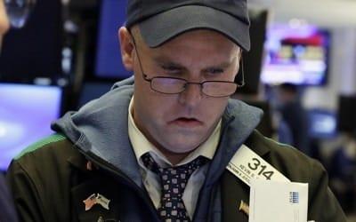 '뉴욕증시 패닉' 다우지수 장중 한때 1,500P 급락