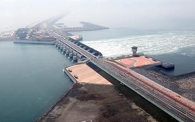 GM 철수로 비상 걸린 전북 경제, 새만금 개발도 '먹구름'