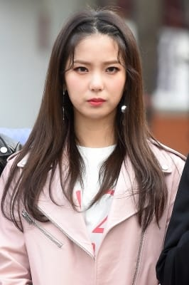 CLC 최유진, '男心 흔드는 강렬한 눈빛~'