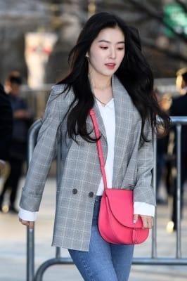 레드벨벳 아이린, '달려도 굴욕없는 여신 자태'