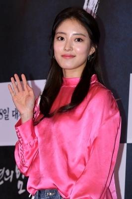 이세영, '아름다운 미모에 시선 고정'