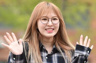 레드벨벳 웬디, 홀로 외로운 출근길…'니가 웃으면 나도 좋아~'