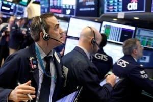 뉴욕증시, 무역전쟁·아마존 악재에 '급락'…기술株 나스닥 2.74%↓