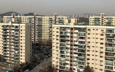 다주택 양도세 중과… '압구정현대' 최대 3억 내려