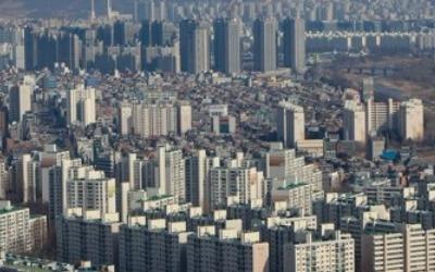 강남 4구 아파트 거래 '반토막'… 양도세 중과 '직격탄'