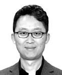 [현장에서] 백주대낮 '野 원내대표 폭행'… 의회 민주주의가 위협받고 있다 | 정치 | 한경닷컴
