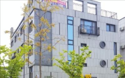 [한경 매물마당] 강서 마곡지구 제과점 입점 빌딩 등 17건
