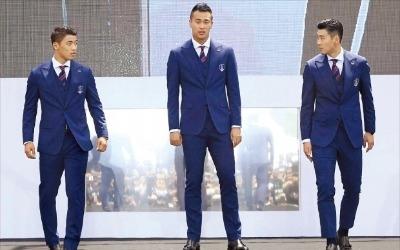 '갤럭시 단복' 입는 월드컵 축구대표팀