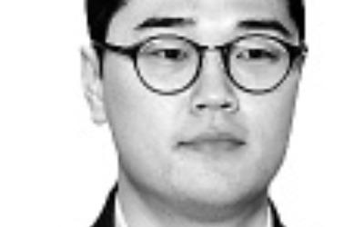 與 전·현 원내사령탑의 '최저임금법 개정안' 엇박자