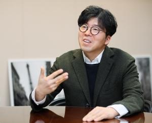 """넷마블 대표 """"BTS 소속사에 2000억 왜 투자했냐면…"""""""