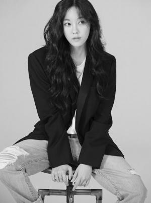 가수 효민, 써브라임아티스트 에이전시 전속계약 체결..