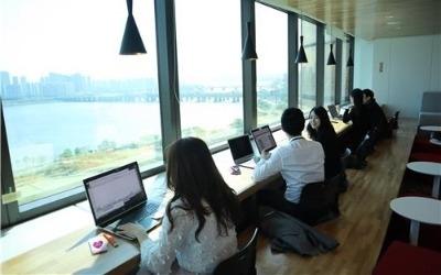 자율좌석제·한달 휴가… 한화 '일하기 좋은 회사' 프로젝트