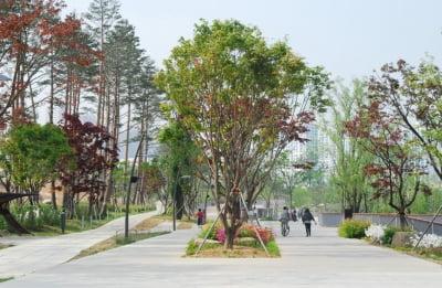 """""""광교호수공원, 또 상받았다""""…뒤에서 웃는 기업은?"""