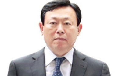 신동빈 vs 신동주… 롯데 경영권 놓고 또 한번 붙는다