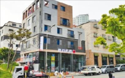 [한경 매물마당] 강남 9호선 신설역 앞 투자용 빌딩 등 17건