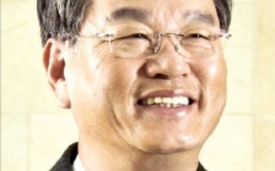 """권혁운 아이에스동서 회장 """"품격 있는 주거문화 창조… 삶의 질 향상 적극 나설 것"""""""